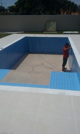 Construção Piscina Revestida Vinil Ubatuba - Construção de Piscina de Fibra Aquecida