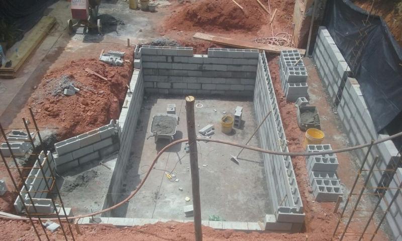 Empresa de Construção de Piscina com Prainha Água Rasa - Construção Piscina Revestida Vinil