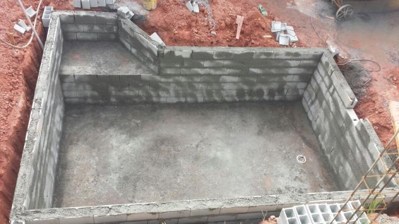 Empresa de Construção de Piscina Brooklin - Construção de Piscina com Prainha