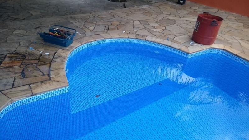 Piscina com Prainha Pinheiros - Piscinas com Deck de Madeira