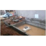 construção de piscinas de alvenaria República