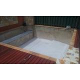 onde encontro piscinas com deck de madeira Santana de Parnaíba